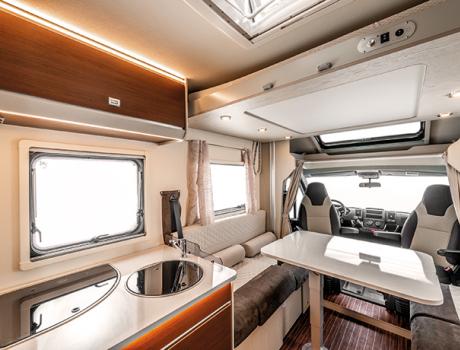 Autocaravana perfilada Seal 67 PLUS Interior